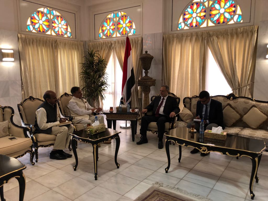 Deputy prime minister and minister of foreign affairs abdulmalik al mikhlafi discussed on wednesday with indian ambassador to yemen ahmadjaved mutual