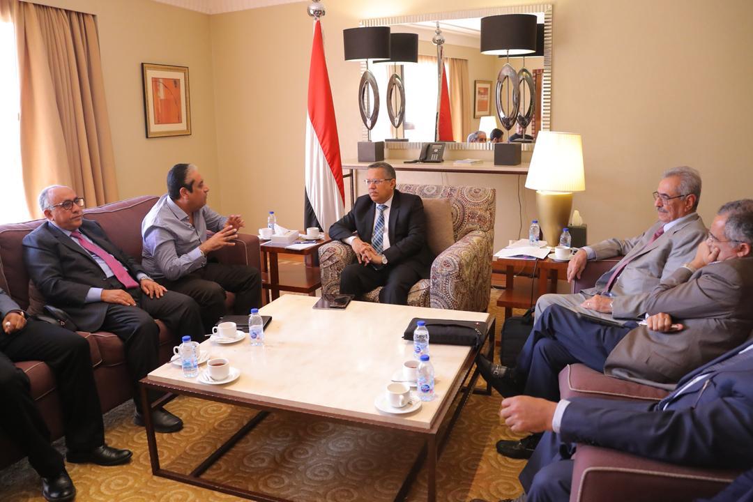 0c4162f1a ... على موقع سبأ نت اليمن. وتحدث موضوع اللجنة الاقتصادية تقر مجموعة من  الاجراءات للحد من انهيار قيم الصرف، واخبار اخرى نقدمها لمتابعينا الكرام  أولاً بأول.