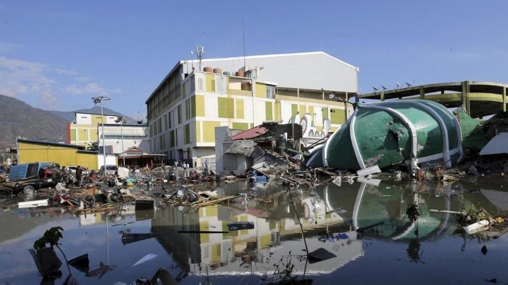 إندونيسيا: ارتفاع حصيلة ضحايا الزلزال والتسونامي إلى 1234 قتيلا