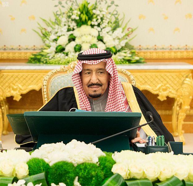 خادم الحرمين الشريفين يؤكد حرص التحالف على التوصل لحل سياسي في اليمن