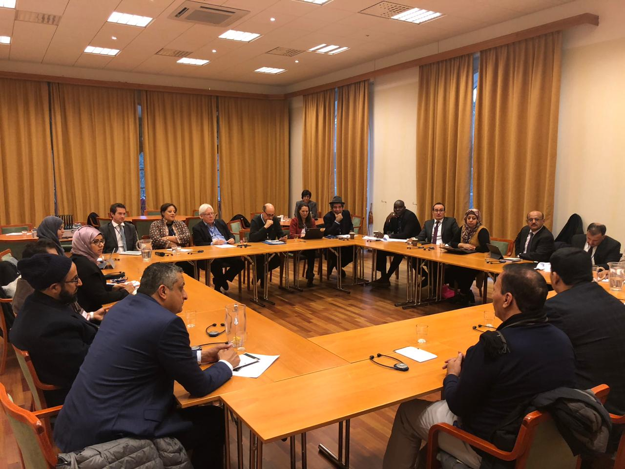 الوفد الحكومي الى مشاورات السويد يلتقي سفراء الدول دائمة العضوية في مجلس الأمن