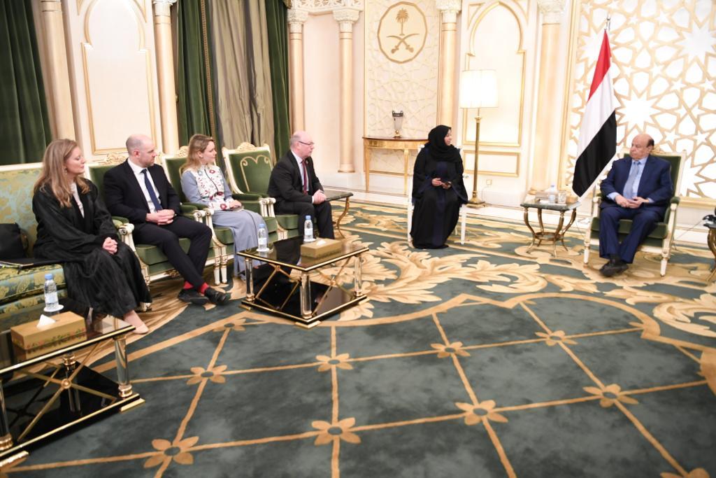 رئيس الجمهورية يستقبل وزير الدولة البريطاني لشؤون الشرق الأوسط