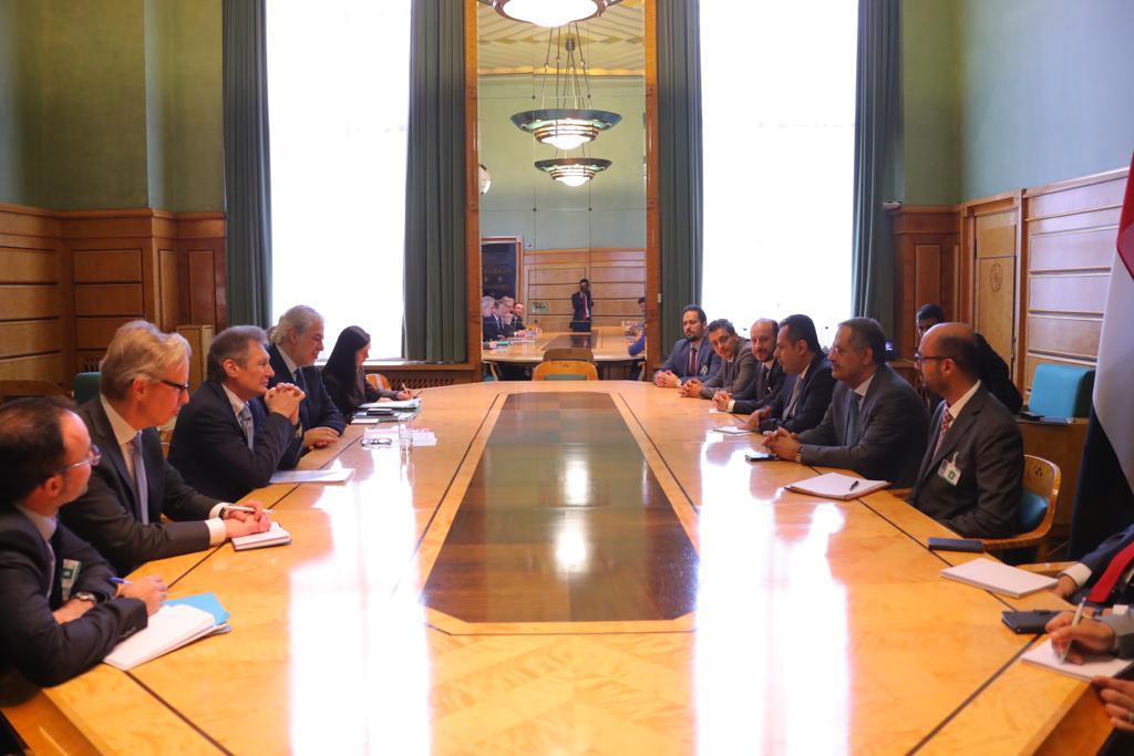 رئيس الوزراء يلتقي رئيس مفوضية الاتحاد الأوروبي