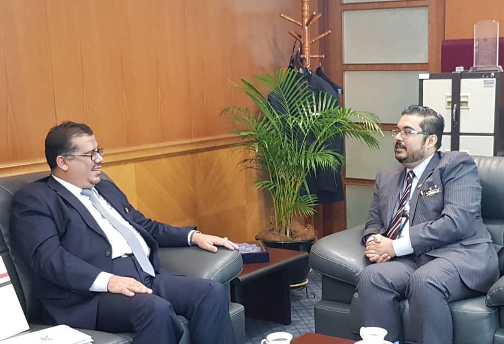 السفير باحميد يبحث مع وكيل الخارجية الماليزي تعزيز التعاون الثنائي بين البلدين